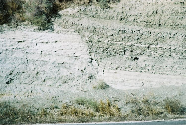 Sesar / Patahan (Faults) Normal Fault (Sesar Normal)