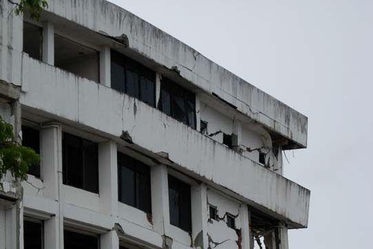 Photograph 7- Reinforced concrete moment resisting frame building, Banda Aceh.