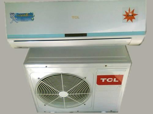 TCL split type air conditioner Model TAC-07CS/K Capcity 7000 Btu/h Rate current 3,7 A Input power 790 W Rate volt 220-240 V Rate Frequency 50 Hz LRA of compressor 17 A Noise 50 db(a) Weight 24 Kg